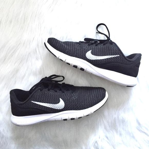 139b3af0ae3f  Nike  Training Flex TR 7 black   silver sneakers.  M 5b9dc30b409c15b05ac61c32